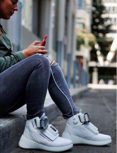 virgin-sneakers