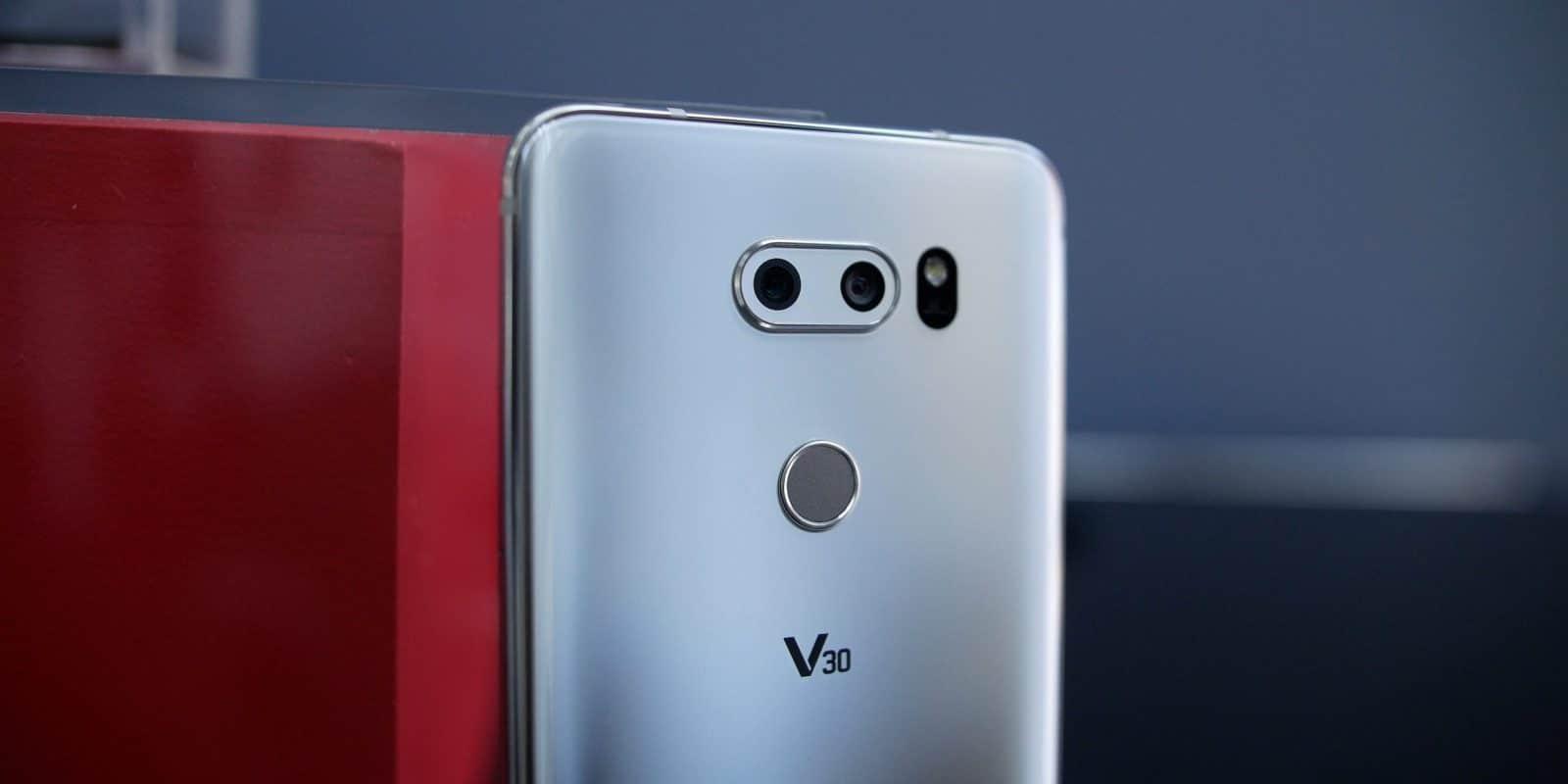 LG V30S ThinQ camera