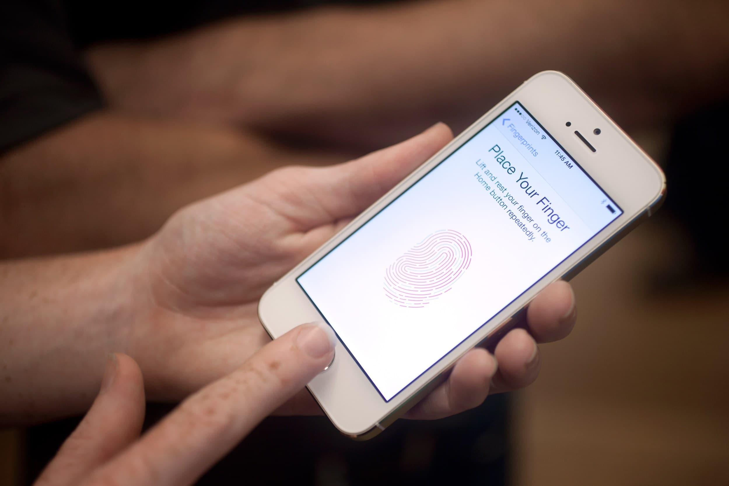 phone with fingerprint sensr