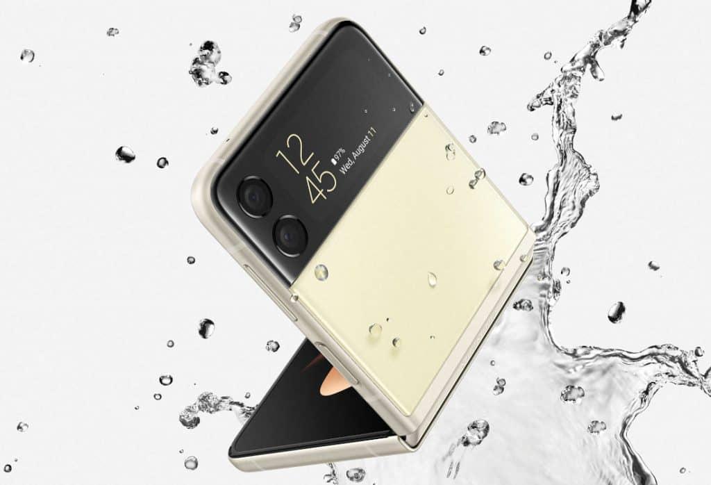 Samsung Galaxy Z Flip 3 5G water resistance